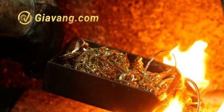 Thử vàng bằng lửa
