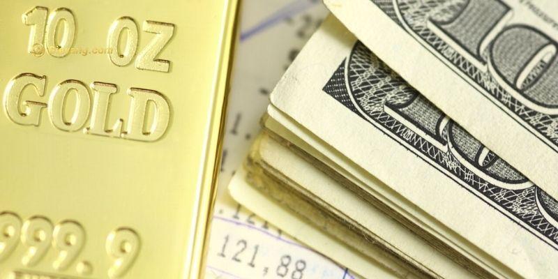 Vàng giảm khi đồng đô la chiếm ưu thế trước cuộc họp ECB